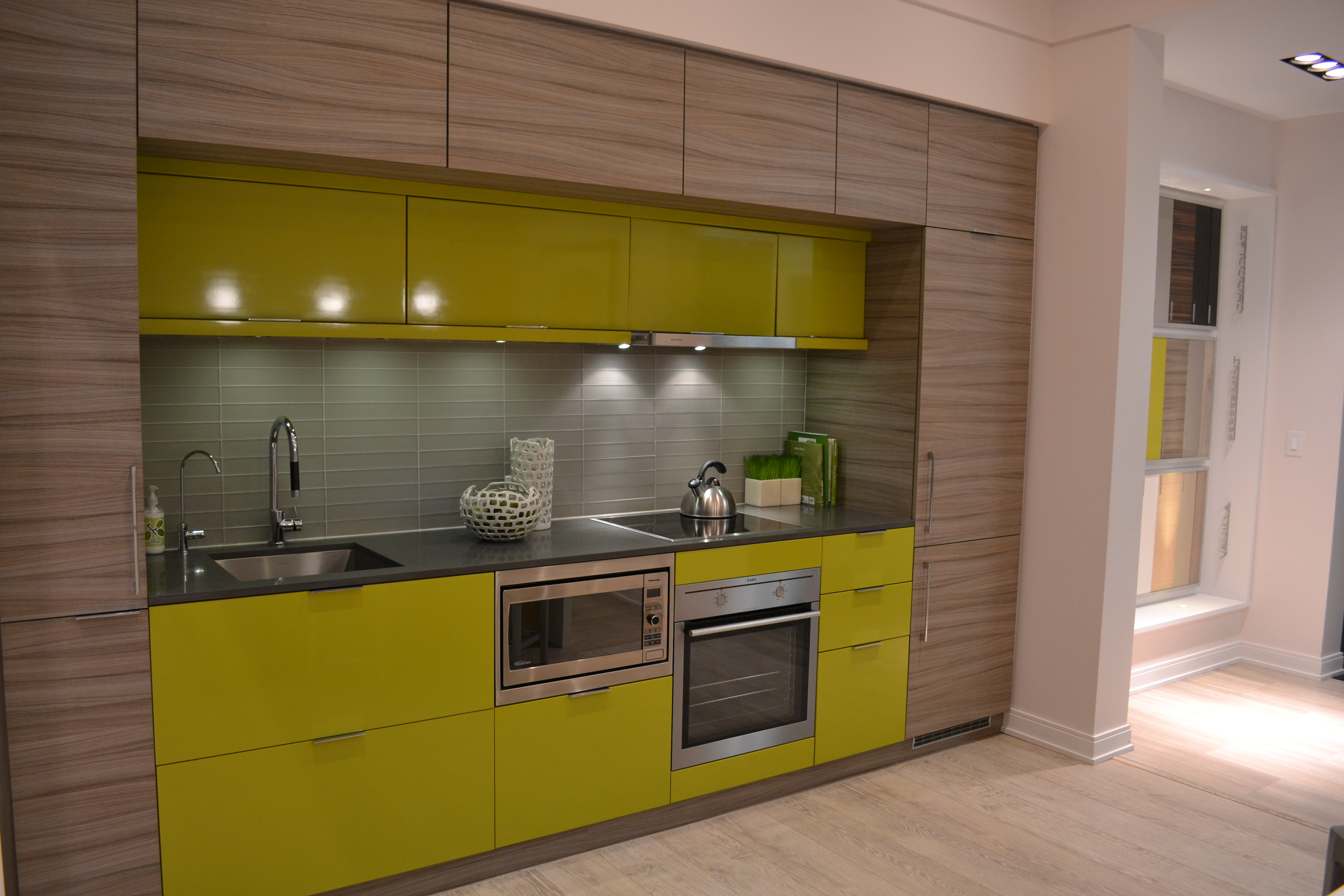 88 Scott 39 S Model Suite Is Dressed To Impress With Three Distinct Model Kitchens