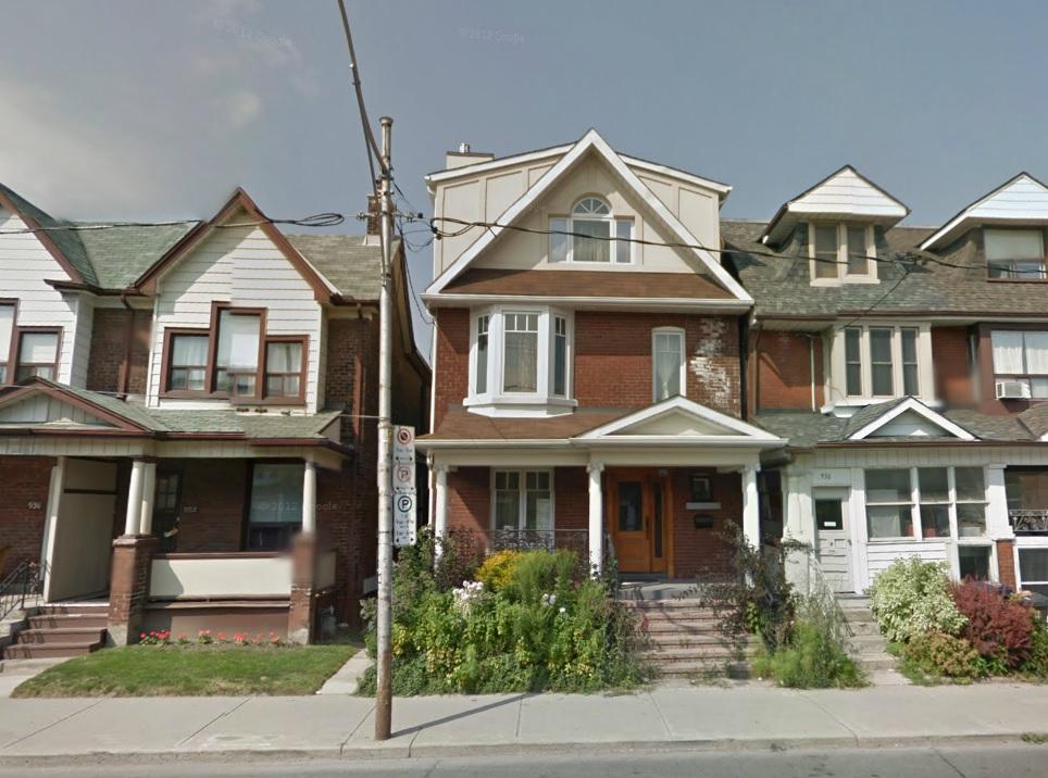 934 Ossington Ave toronto