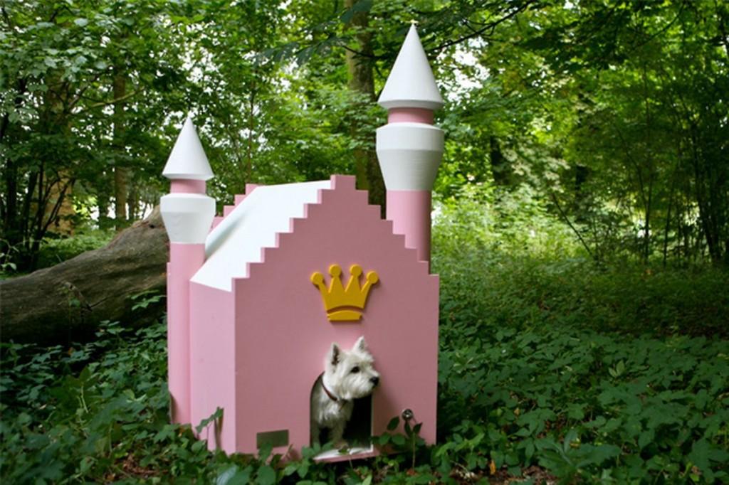 fairytale dog house