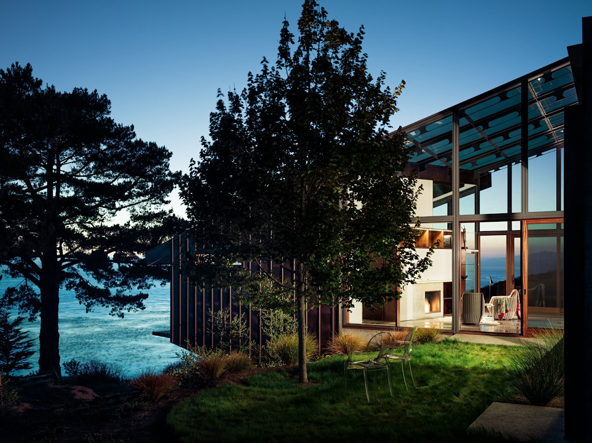 ^ 16 beautiful glass homes that have nothing to hide