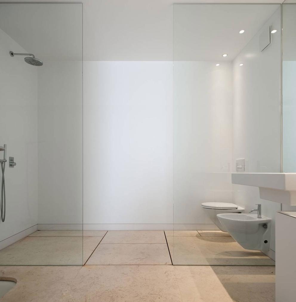 minimalist room-2