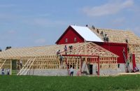 amish barn raising-1