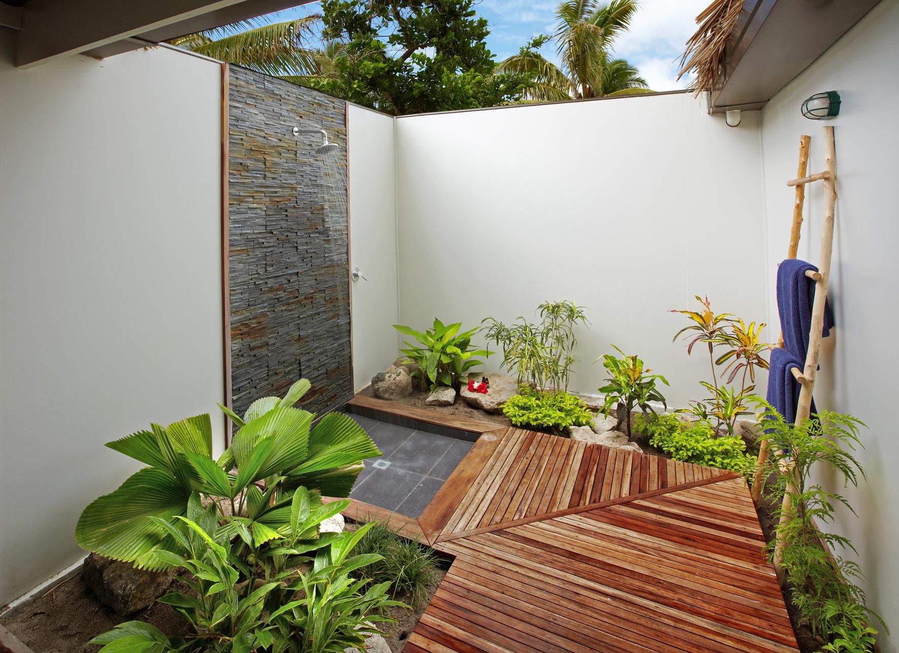 outdoor shower-2