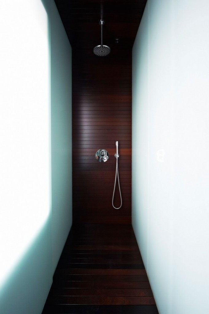 skinny shower