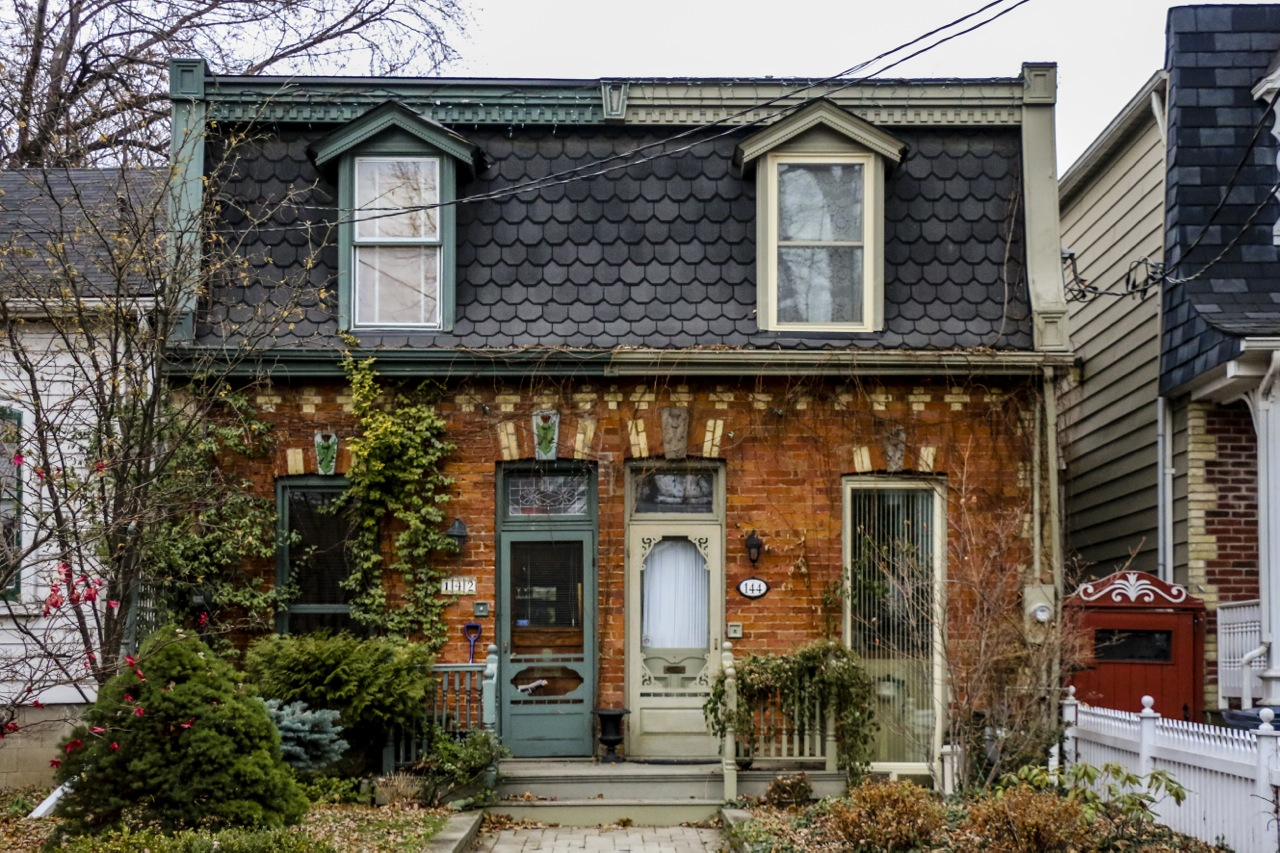 Decoding the victorians a picture perfect toronto housing for Canadian house styles