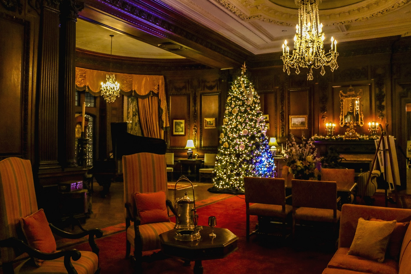 Casa Loma s its halls decked out by big name designers
