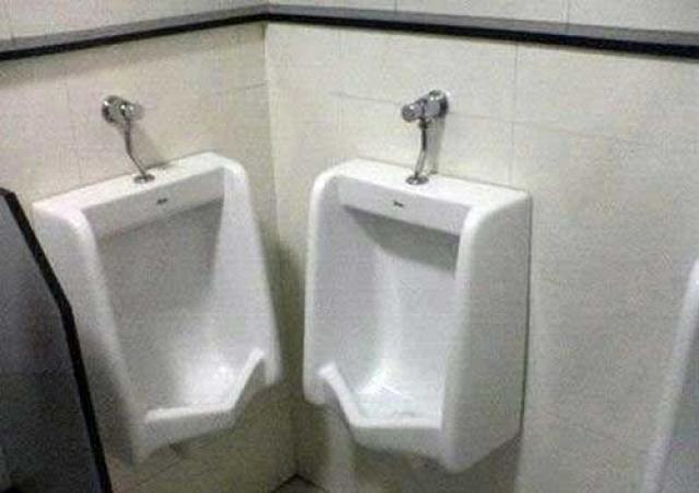 bad bathroom-1