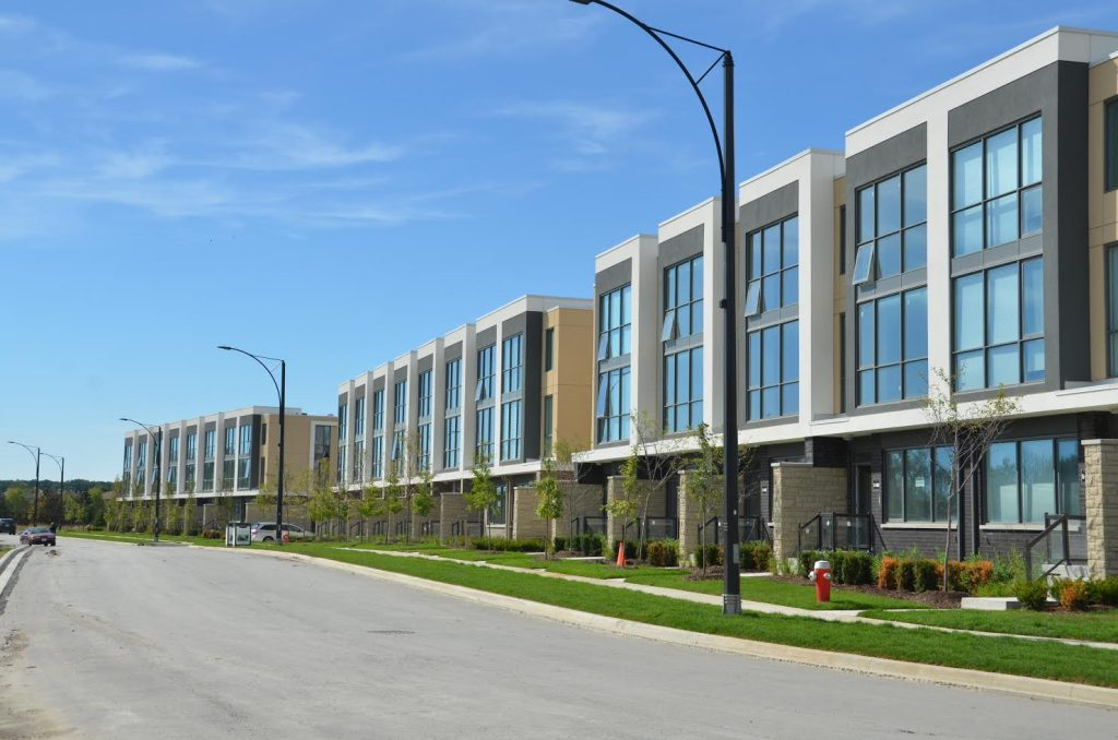 The marquee townhomes in mississauga to release new block for Modern homes mississauga