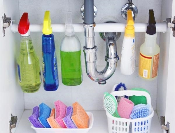 21 Organization Hacks For Your Cluttered Bathroom