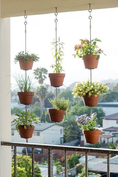 hanging pots balcony