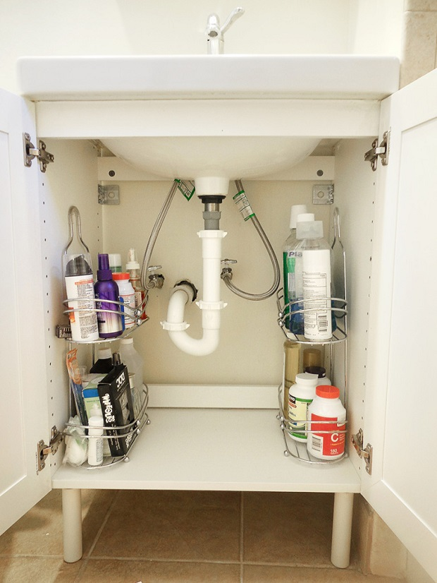 hiding eyesores - bathroom clutter
