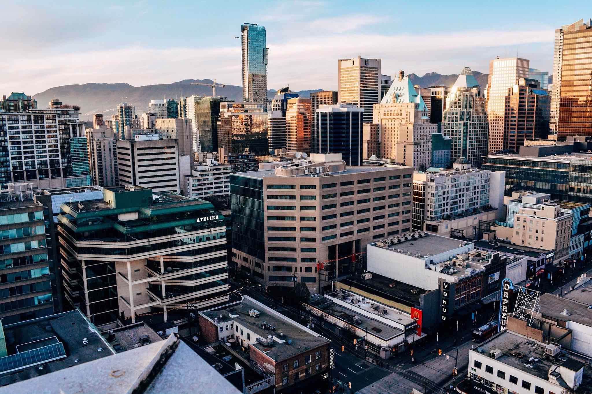 Vancouver is the world's hottest luxury real estate market ...