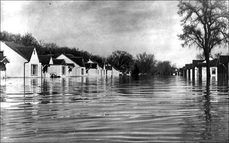 leighton-avenue-winnipeg-flood