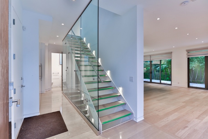 22a-senlac-floating-staircase