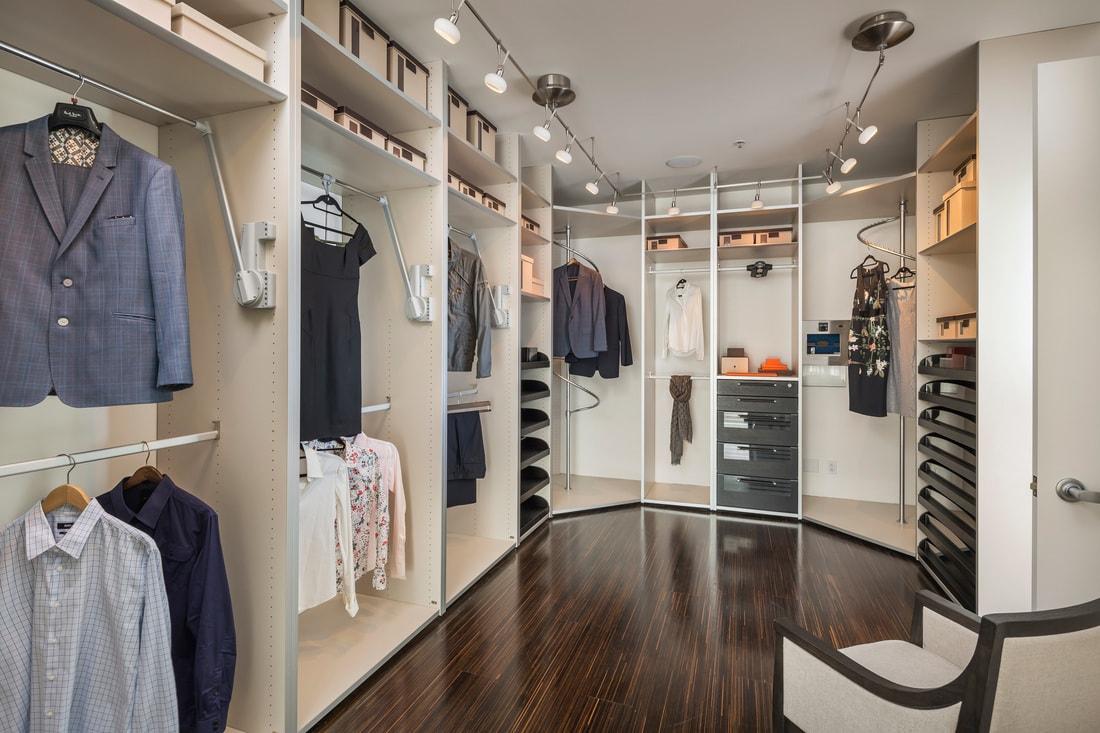 closet-min