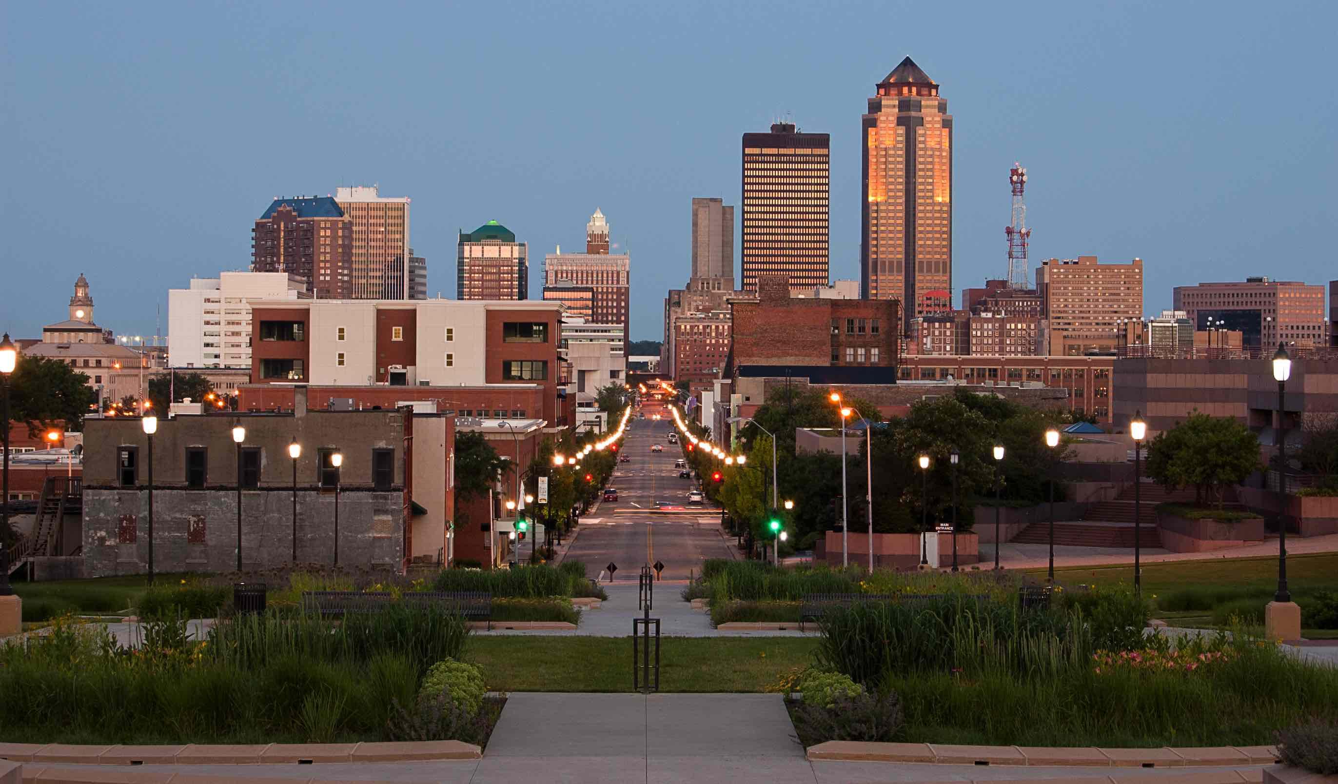Des Moines downtown