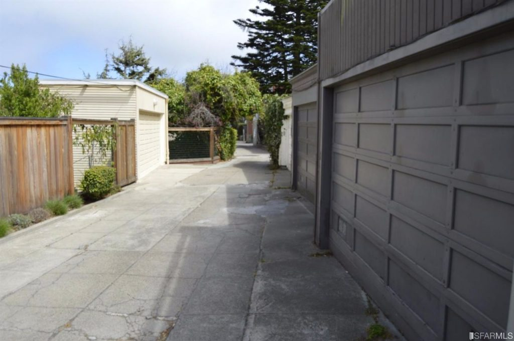 driveway 2-compressed