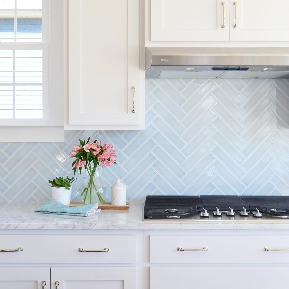 19 kitchen backsplash ideas we\'re completely obsessed with ...