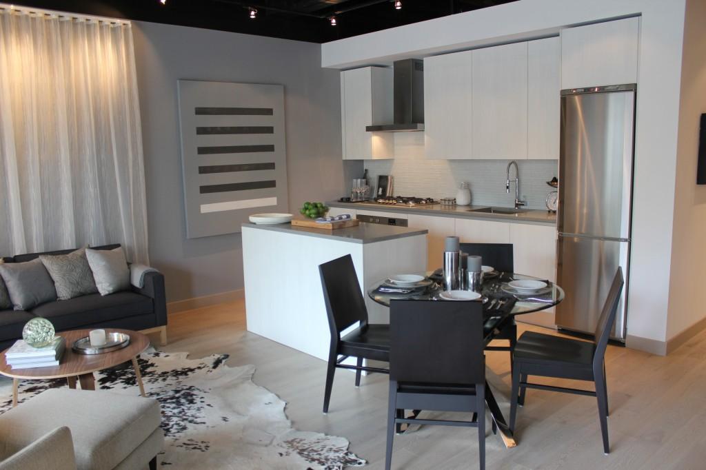 oneeleven model suite