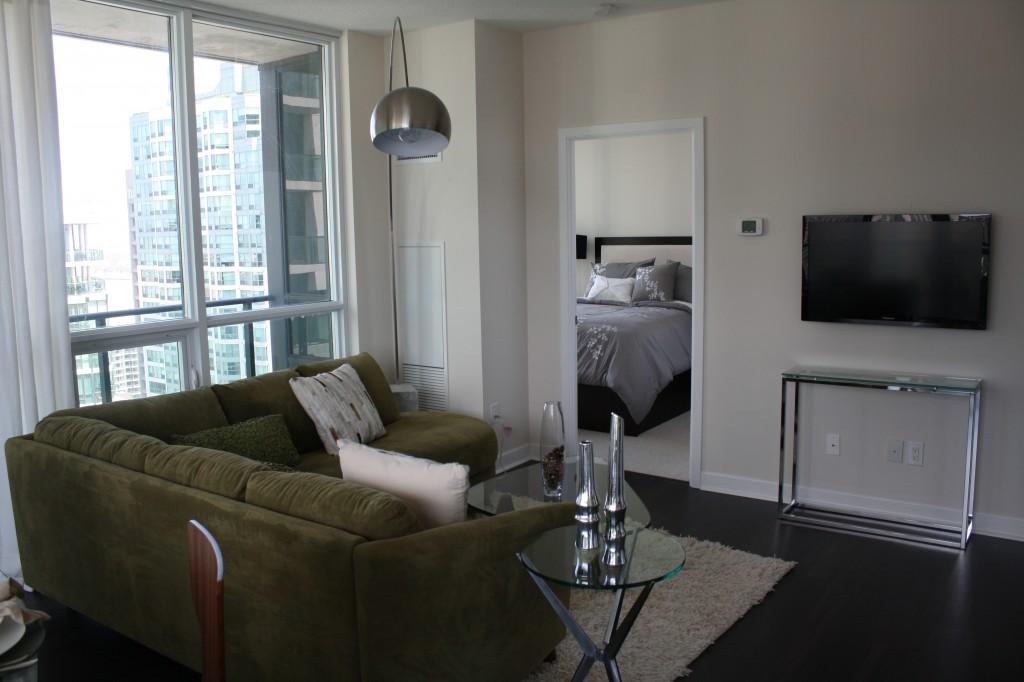 33 Bay model suite