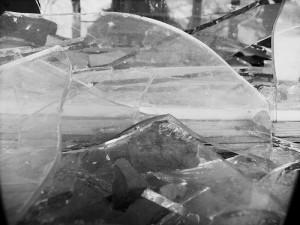 brokenbalconyglass
