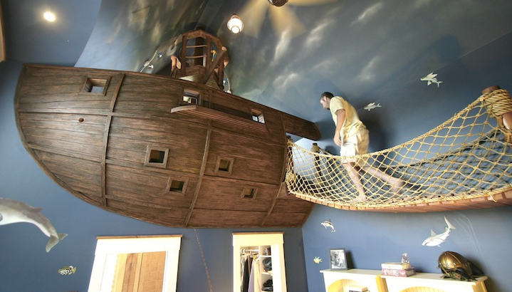 Pirate ship-themed bedroom