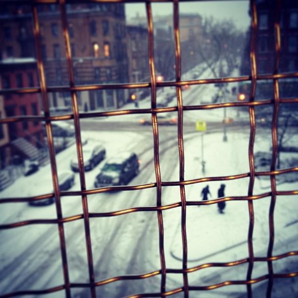 It always looks better from the (warm) inside, doesn't it? Photo by @jchenchen