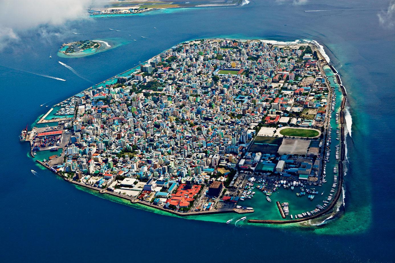 Malé aerial shot