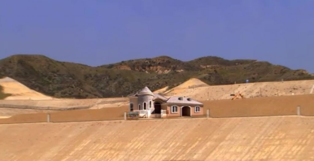 Arrested Development model home