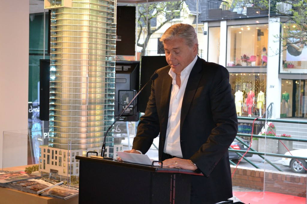 David McComb, President and CEO of Edenshaw Developments speaks of Chaz Yorkville and its special features.
