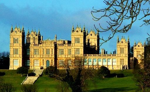 Mentmore Towers, in Buckinghamshire was used as Wayne Manor in Batman Begins. We can definitely see why it was picked!