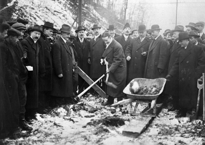 Mayor T. L. Church turning the first sod at the Bloor Street Viaduct, January 16, 1915.