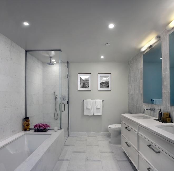 160 East 22nd model bathroom