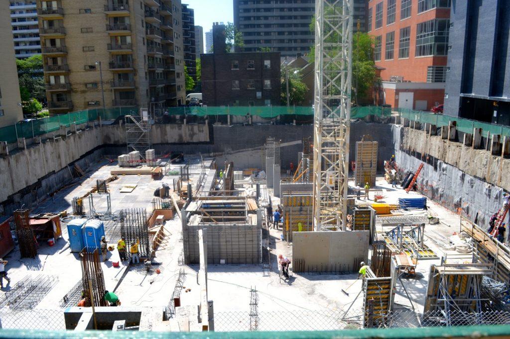 Chaz.Yorkville Construction