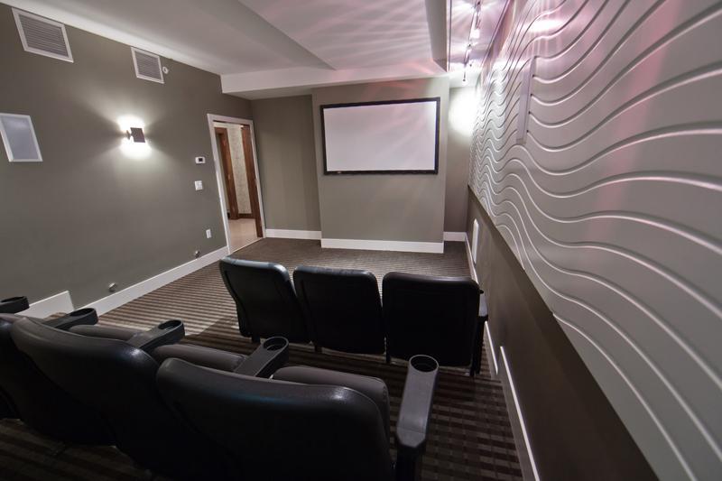 arrow movie room