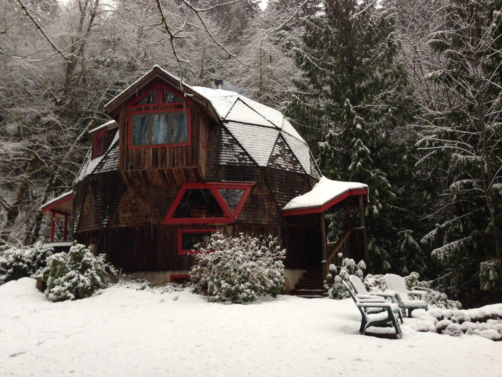 geodesic cabin