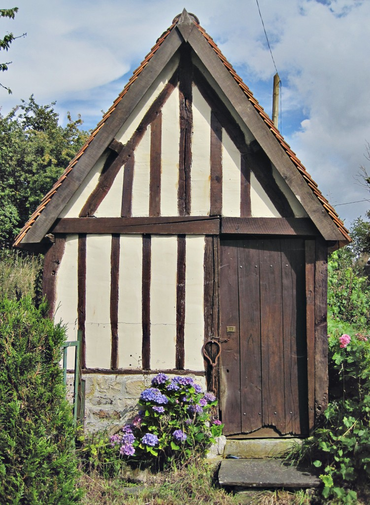 historic cabin Northern France