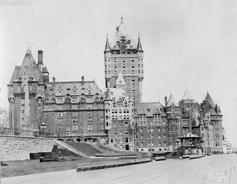 Chateau Frontenac construction