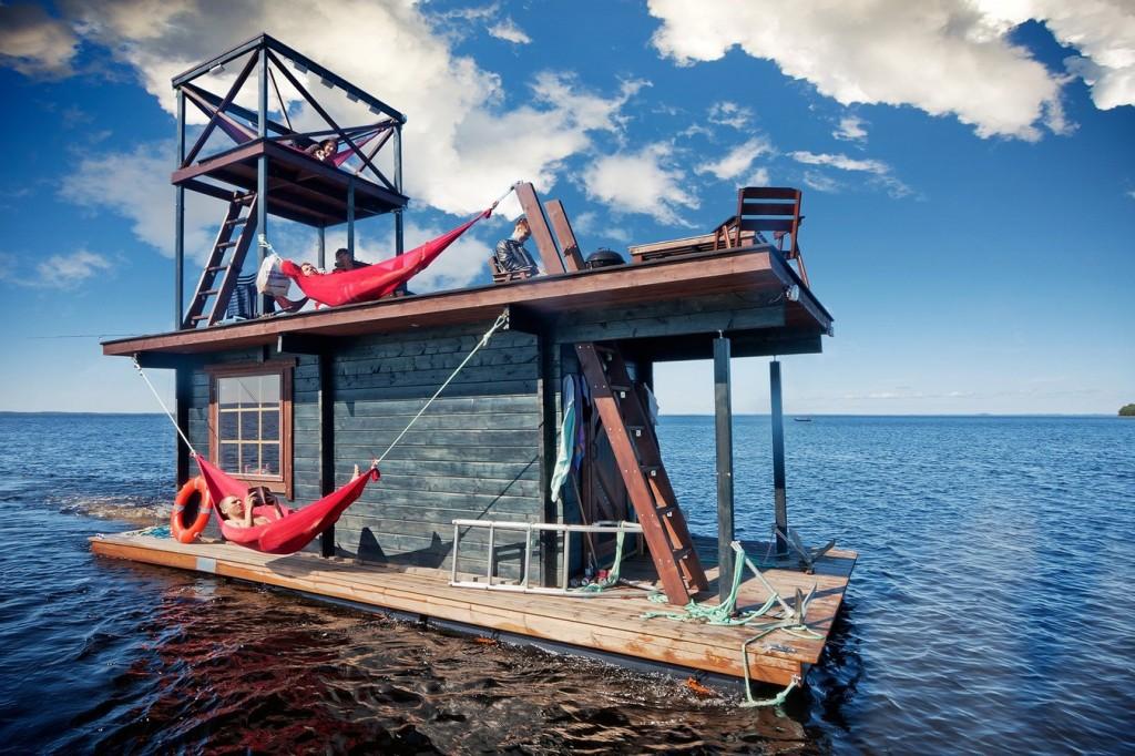 Floating homes - sauna raft