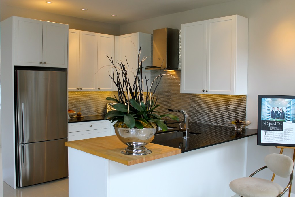 This model kitchen is perfect for those that like crisp white interiors.