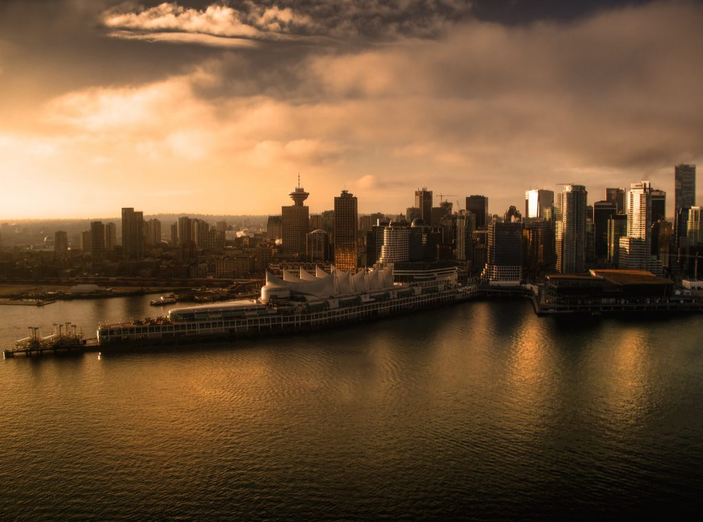 Vancouver Coal Harbour present