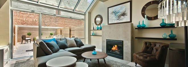 Williamsburg Townhomes living room