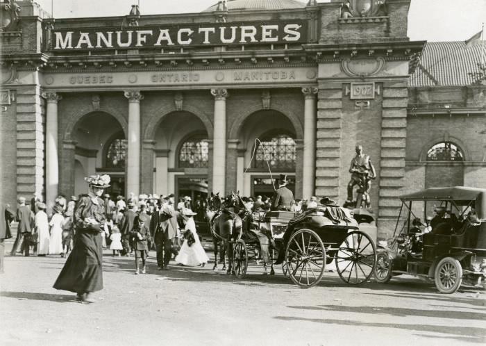 1913 CNE