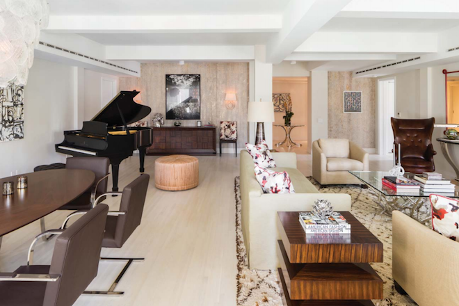 737 Park E living room