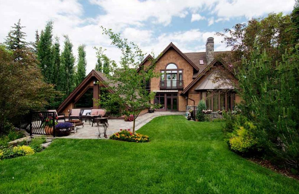 Calgary expensive home-12