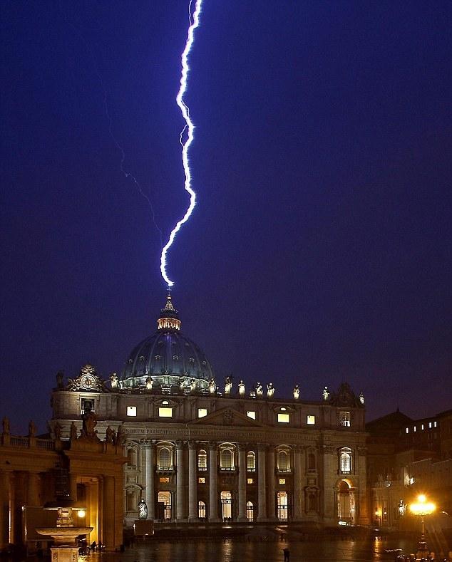 The Vatican lightningt