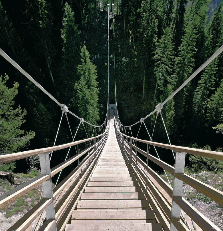 Traversinertobe bridge