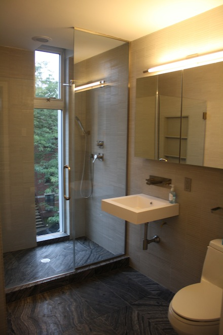 Williamsburg Townhomes master bath