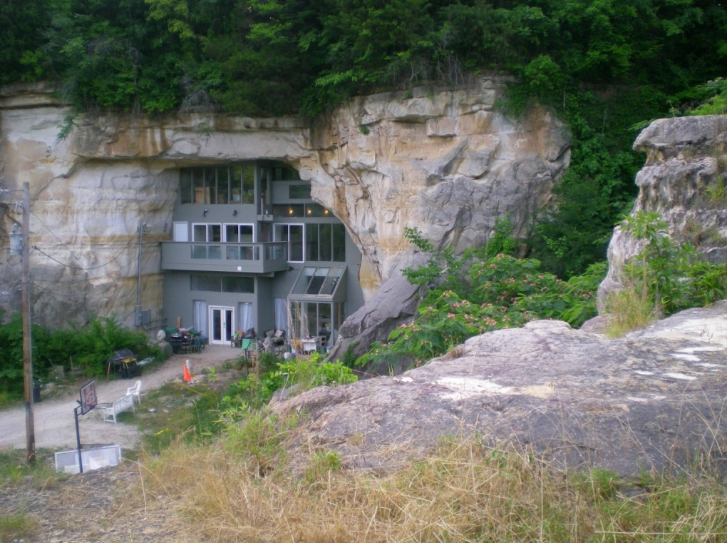 Cave house Missouri