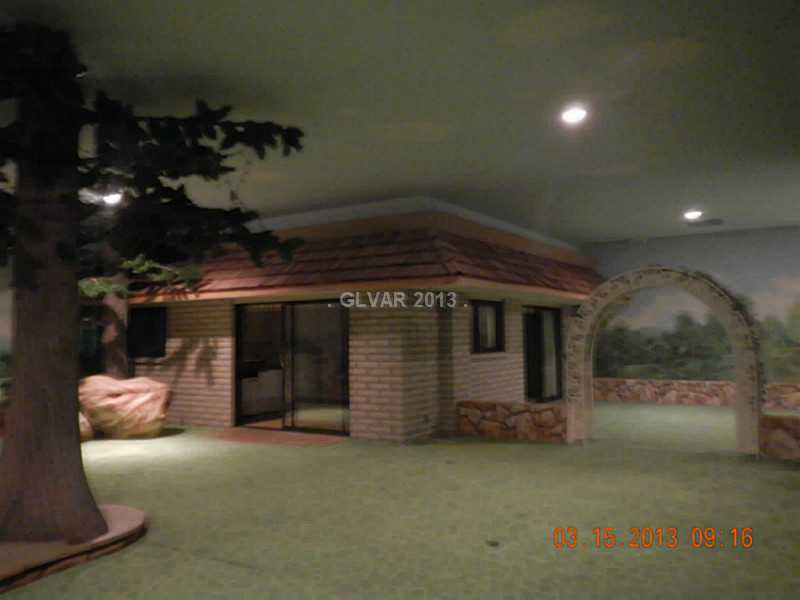 Underground home las vegas-5